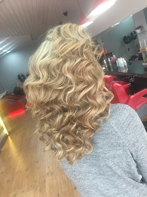 Lovely Hair Salon - Kapsalon