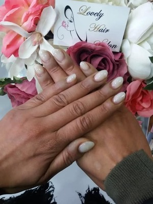 Lovely Hair Salon - Nagels